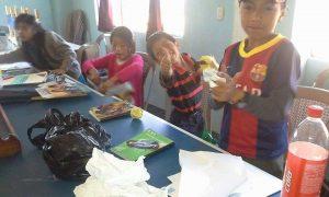 Niños de Xolsacmaljá en taller sobre el ahorro